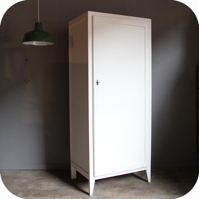 armoire bois vestiaire vintage b456 atelier du petit parc. Black Bedroom Furniture Sets. Home Design Ideas