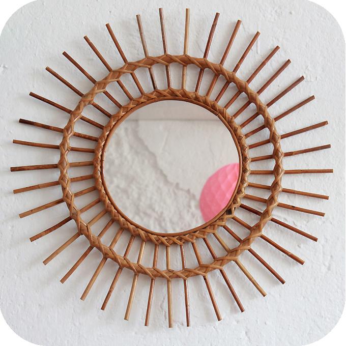 Mobilier vintage miroir rotin vintage atelier du petit for Forme miroir